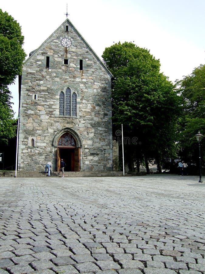 Mittelalterliche Kirche lizenzfreie stockbilder