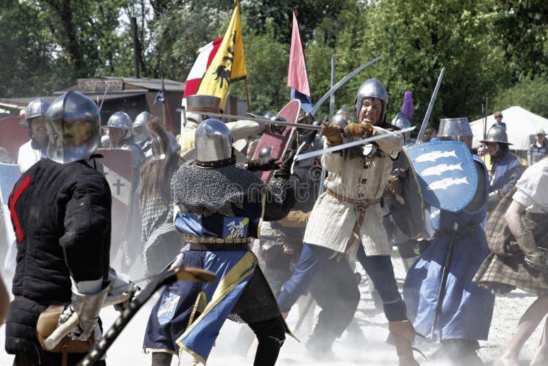 Mittelalterliche Ritter verwendet im Kampf lizenzfreie stockfotos