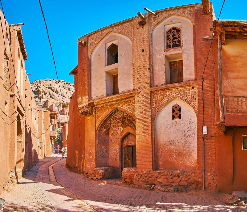 Mittelalterliche Villa mit szenischem Iwan-Portal, Abyaneh stockfoto