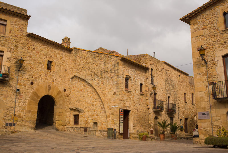 Mittelalterlicher Dorfhauptplatz der Kumpel stockbild