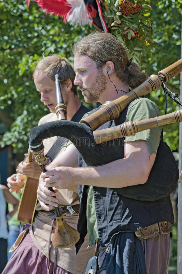 Mittelalterlicher Musiker lizenzfreies stockbild
