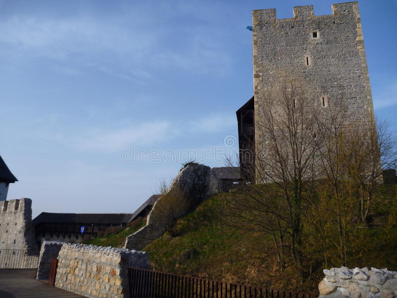 Mittelalterlicher Schloss Stari-Absolvent in Celje in Slowenien stockbilder