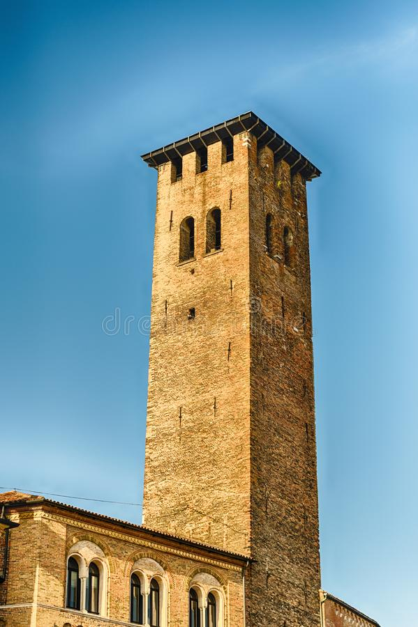 Mittelalterlicher Turm im Marktplatz Erbe, Padua, Italien lizenzfreies stockbild