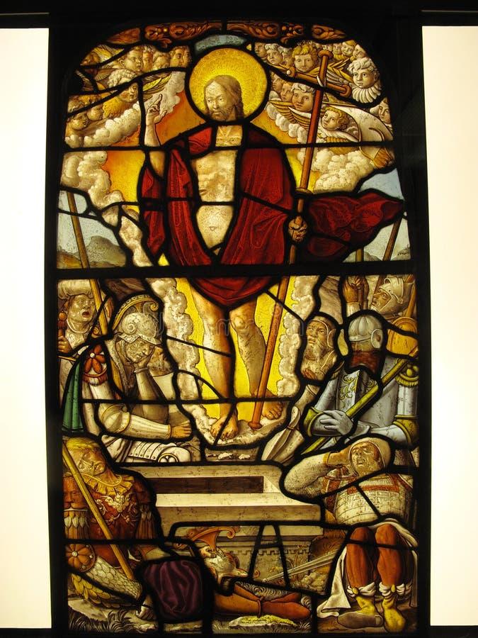 Mittelalterliches Buntglas die Auferstehung stockfoto