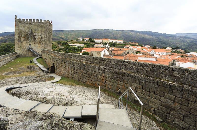 Mittelalterliches Schloss von Linhares DA Beira stockfoto