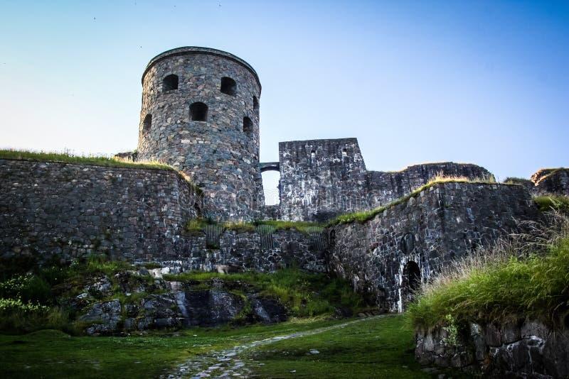 Mittelalterliches Steinschloss stockbilder