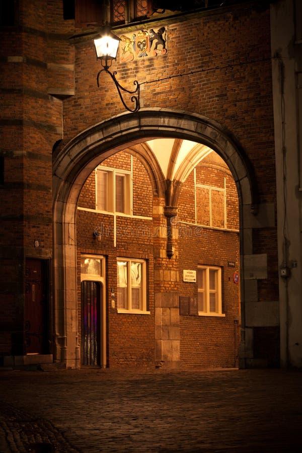 Mittelalterliches Tor zur Stadt lizenzfreie stockfotografie