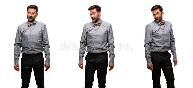Mittelaltermann, der einen Anzug trägt lizenzfreie stockbilder