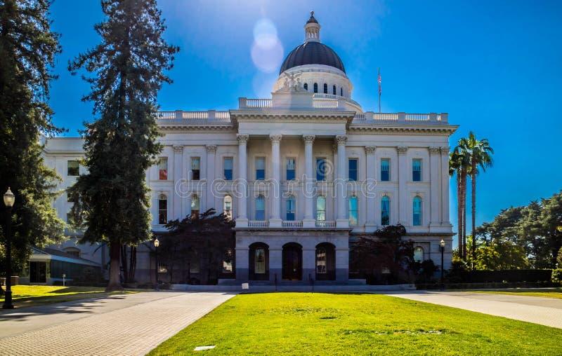 Mitten av administrationen i Sacramento huvudstad, Kalifornien royaltyfri foto