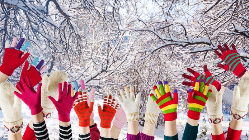 Mittens и перчатки зимы стоковые фотографии rf