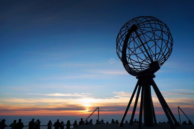Mitternacht Sun auf Nordkapp, Norwegen lizenzfreies stockbild
