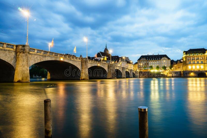 Mittlerebrug over Rijn-rivier, Bazel, Zwitserland stock foto
