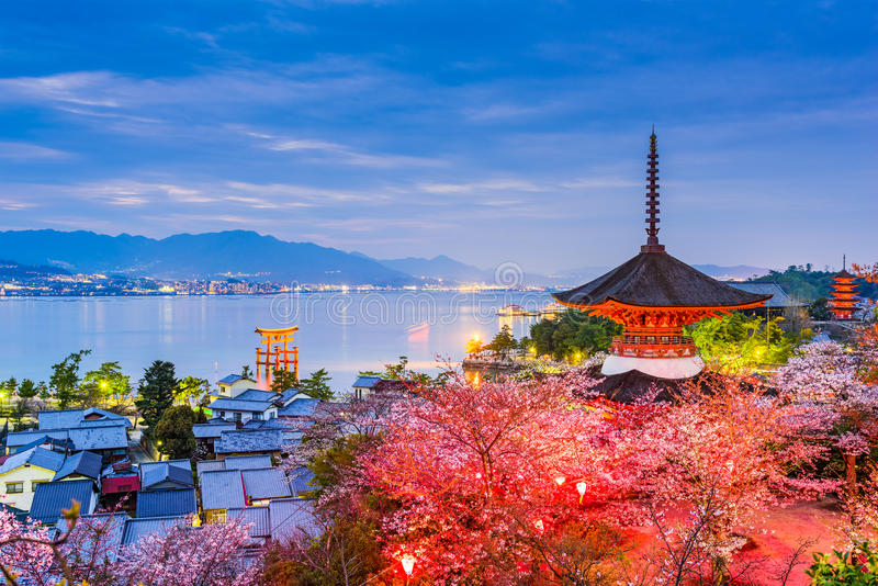 Miyajima, Хиросима весной стоковое изображение