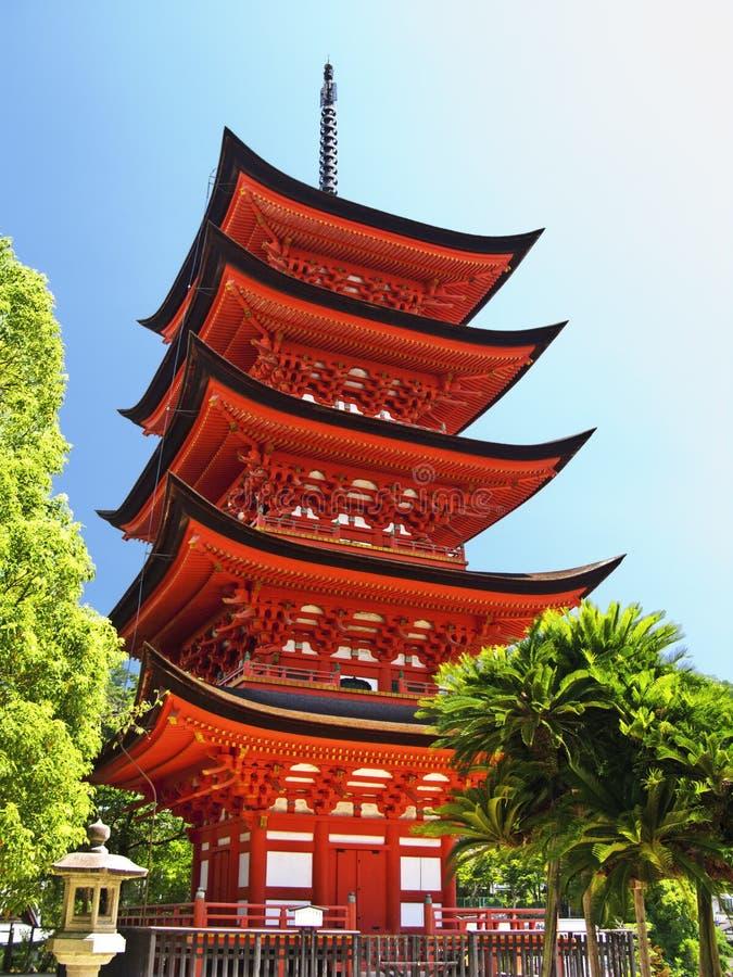 Miyajima Goju-nessun-al pagoda immagini stock libere da diritti