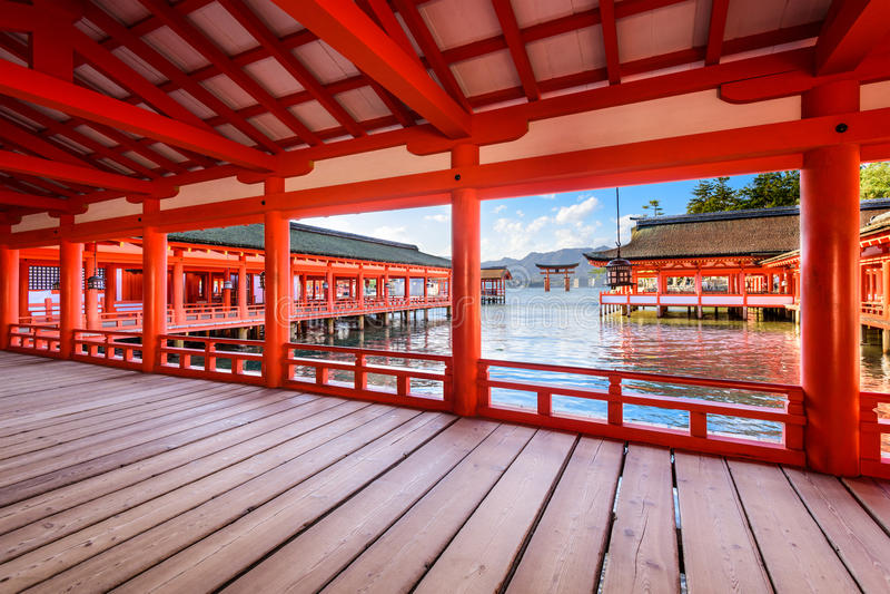 Miyajimaheiligdom Japan stock foto