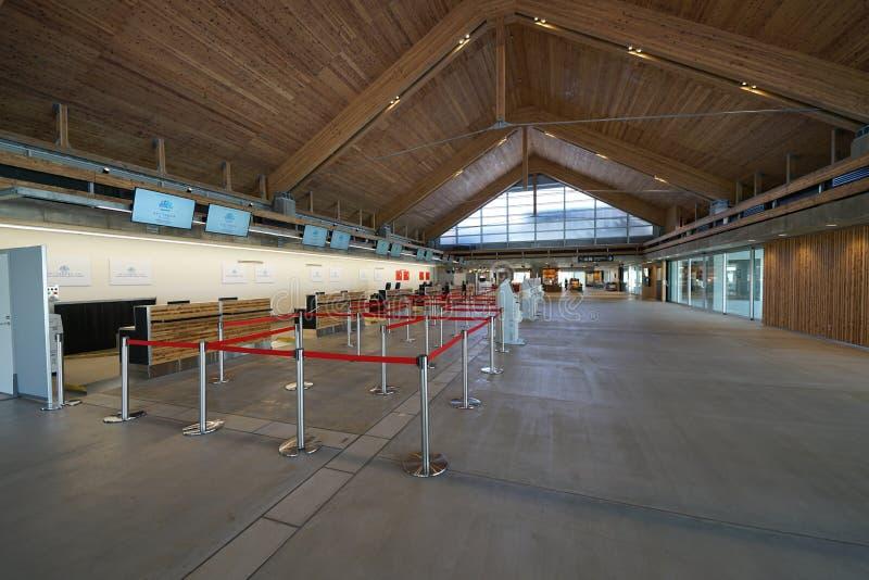 Miyako Shimojishima Airport Terminal-Abfertigungsschalter lizenzfreie stockfotos