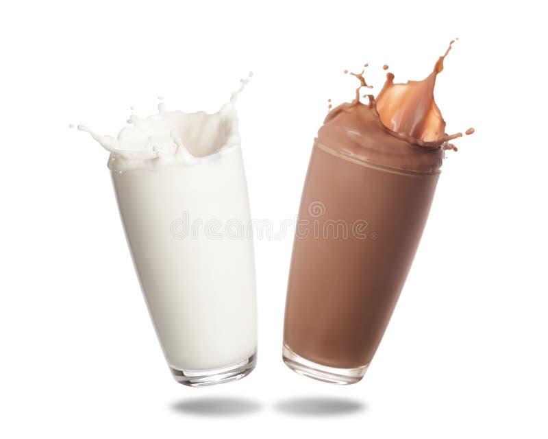 Mjölka, i att plaska för exponeringsglas royaltyfri foto