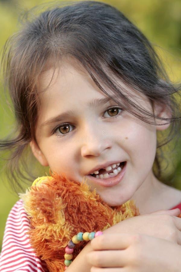 mjölka tanden arkivfoton