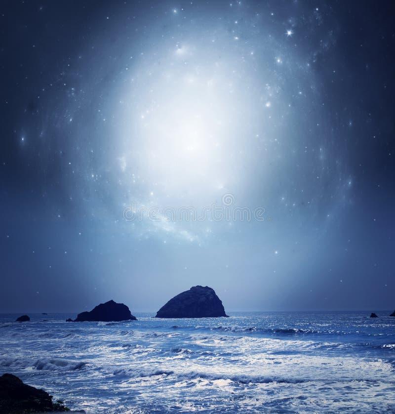 Mjuka stjärnor på natten royaltyfria bilder