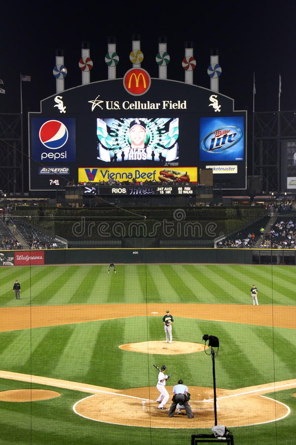 Download MLB - Night Baseball In Chicago Editorial Stock Photo - Image: 12834683