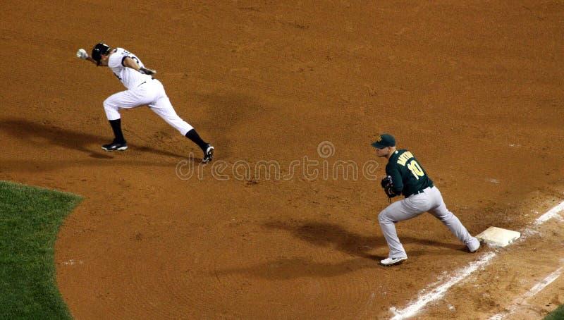 MLB - Tentativas de Podsednik para roubar a segunda base imagens de stock royalty free