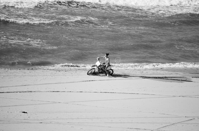 Mm00a-1410 Motorbike Tvj Sea Act Tel D3000 55-200 Free Public Domain Cc0 Image