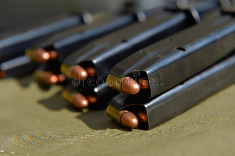 9mm Pistolenmunition lizenzfreies stockbild