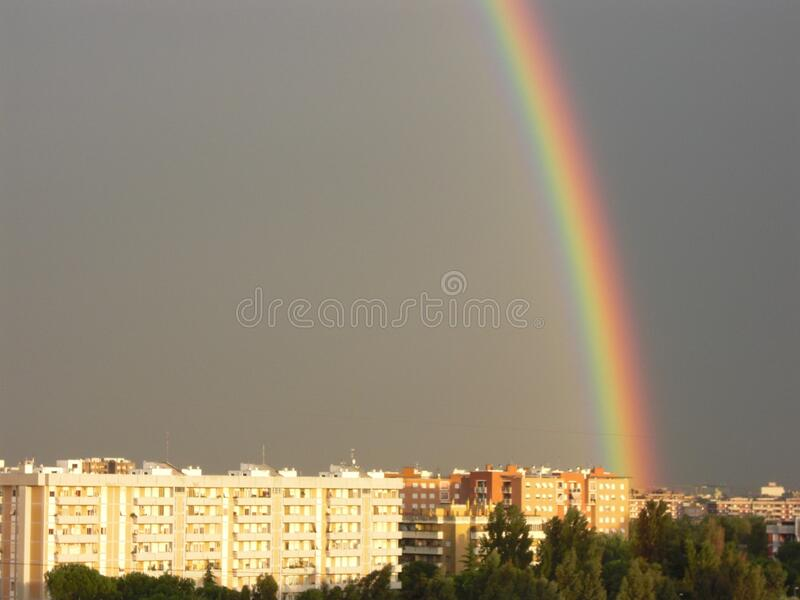 MM00-0910 RAINBOW URB TEL S10 INT stock photography