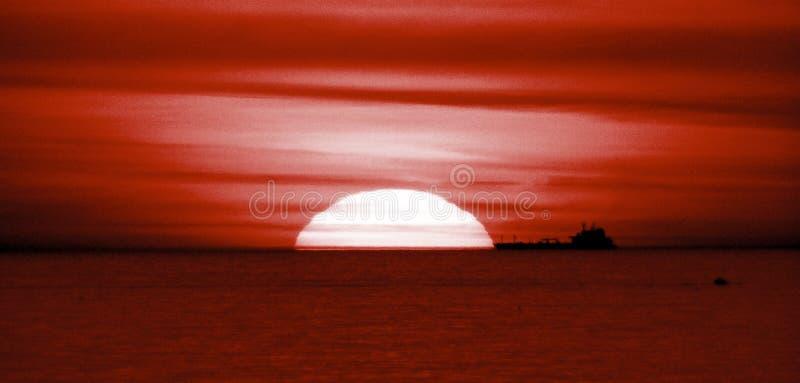 MM28A-1204 TVJ SEA ASTRO SUN SHIP TEL FZ7 OP royalty free stock photos