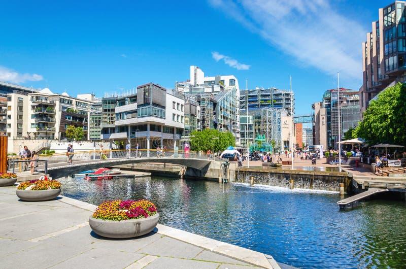 Mmodern mieszkaniowy okręg w Oslo, Norwegia, Scandinavia zdjęcie royalty free