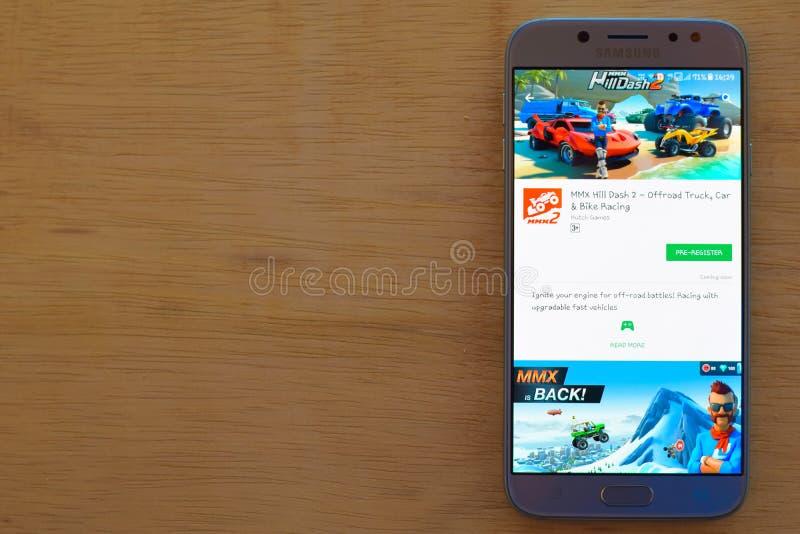 MMX applikation för bärare för kullestreck 2 på den Smartphone skärmen arkivfoto