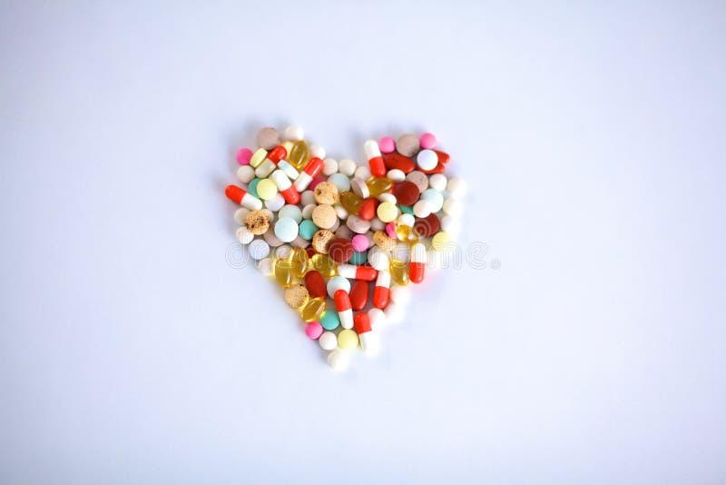 Mnóstwo kolorowe pigułki od above i lekarstwo obraz royalty free