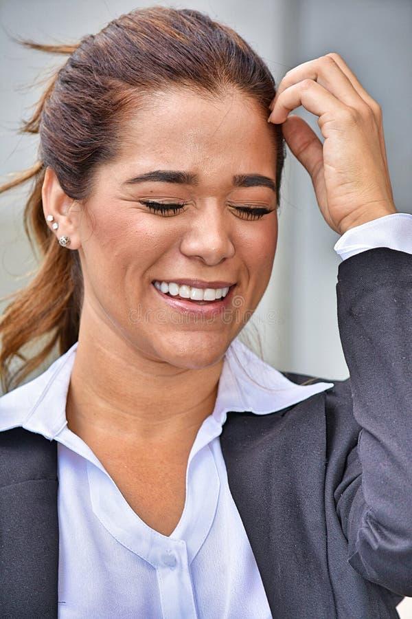 Mniejszościowa Biznesowa kobieta I szczęście Jest ubranym kostium obrazy stock