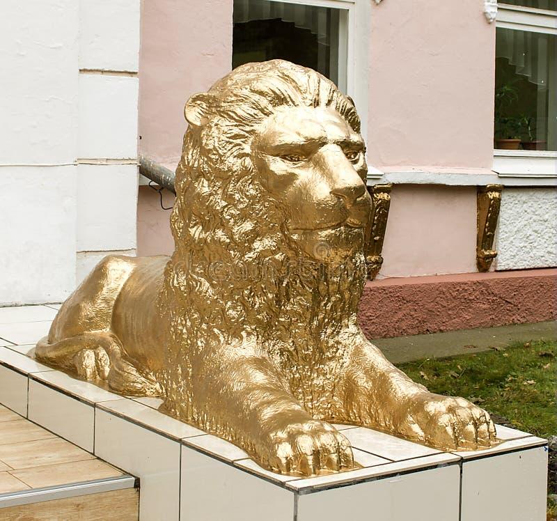 Można, majestatyczna, straszna rzeźba lew, zdjęcia royalty free