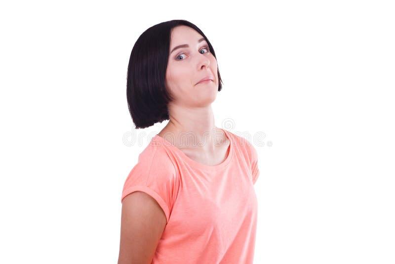 Moça bonita com o cabelo preto curto isolado em um fundo branco foto de stock