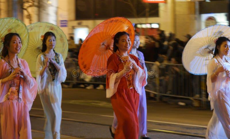 Moça na parada chinesa San Francisco 2018 imagem de stock
