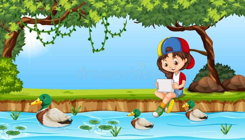 Moça no ipad perto da lagoa ilustração royalty free