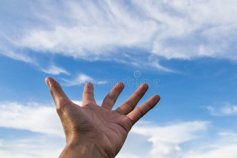 może dotykać niebo obok wyobraża sobie obraz stock