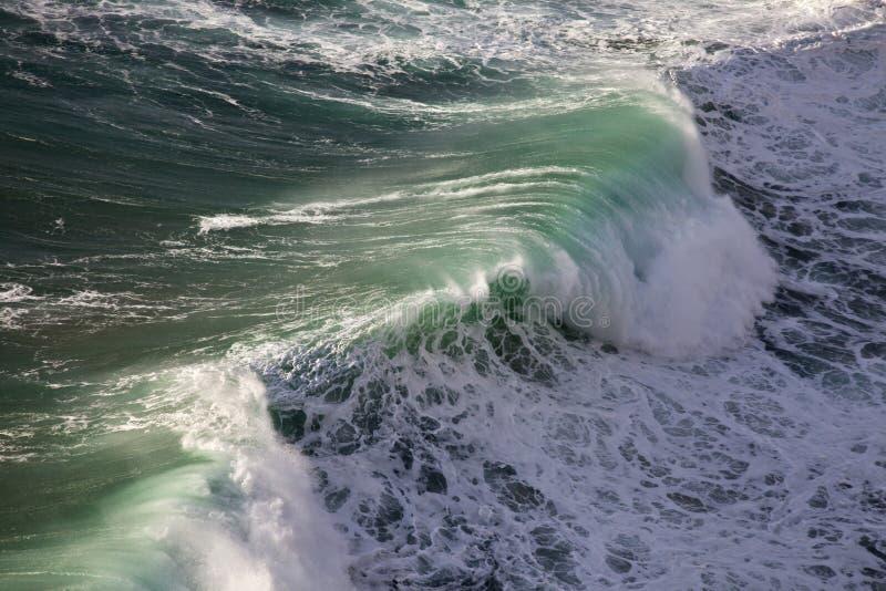 Możne fala Atlantycki ocean obrazy stock