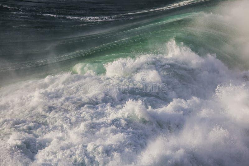 Możne fala Atlantycki ocean fotografia stock