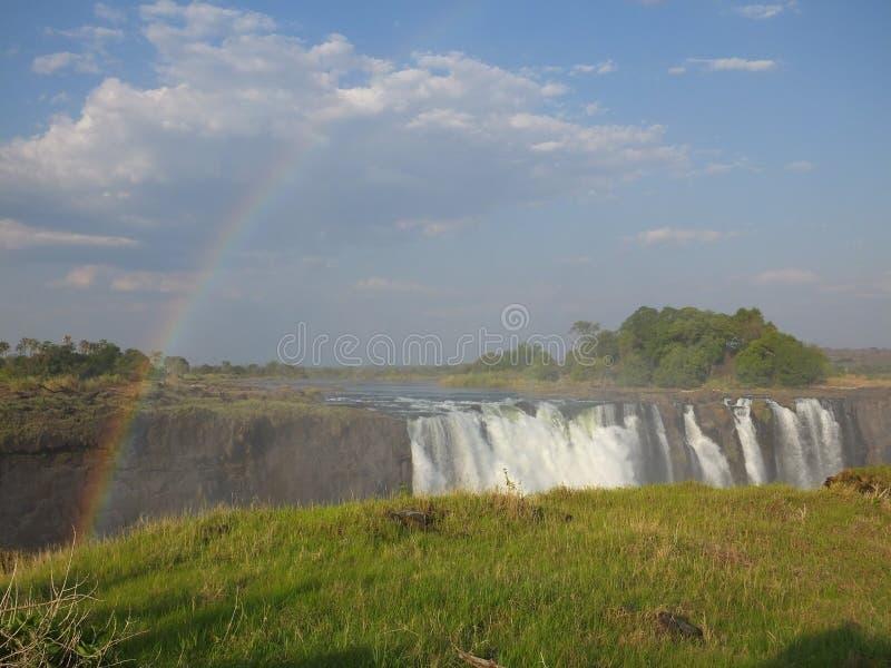 Możny Wiktoria Spada między zambiami i Zimbabwe zdjęcia stock