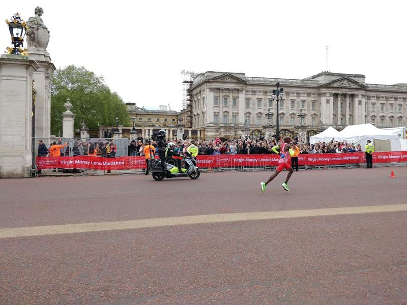 Mo Farah London-marathon 2019 stock foto's