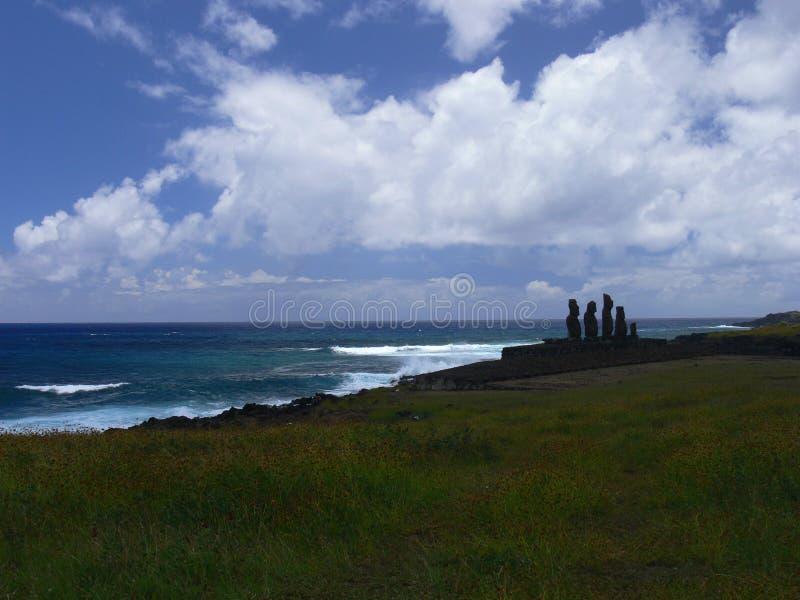 Moai en Ahu Tongariki fotografía de archivo