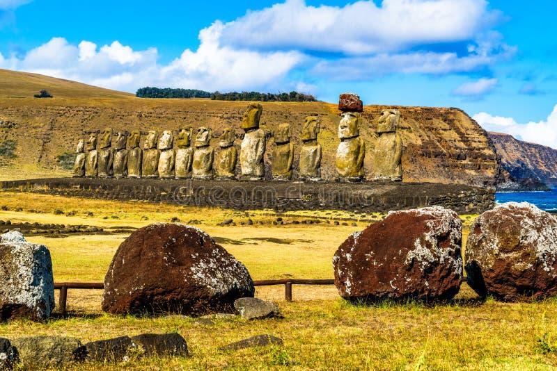 Moai i den Rapa Nui nationalparken royaltyfri foto