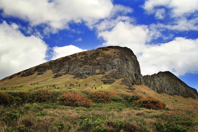 Moai på Rano Ranaku Volcano Quarry arkivfoton