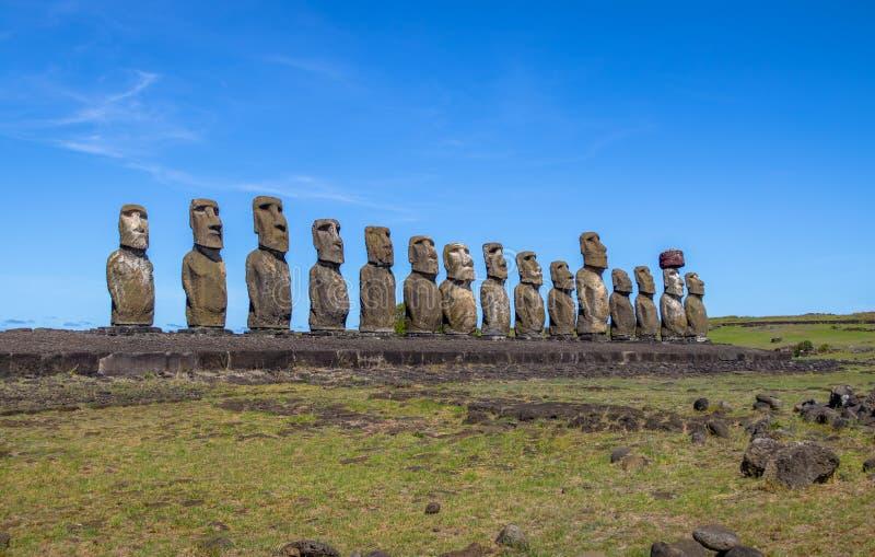 Moai statyer av Ahu Tongariki - påskö, Chile arkivbilder