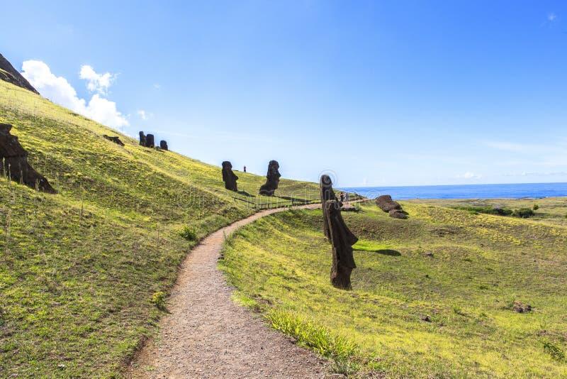 Moai statyer i påskön, Chile royaltyfri foto