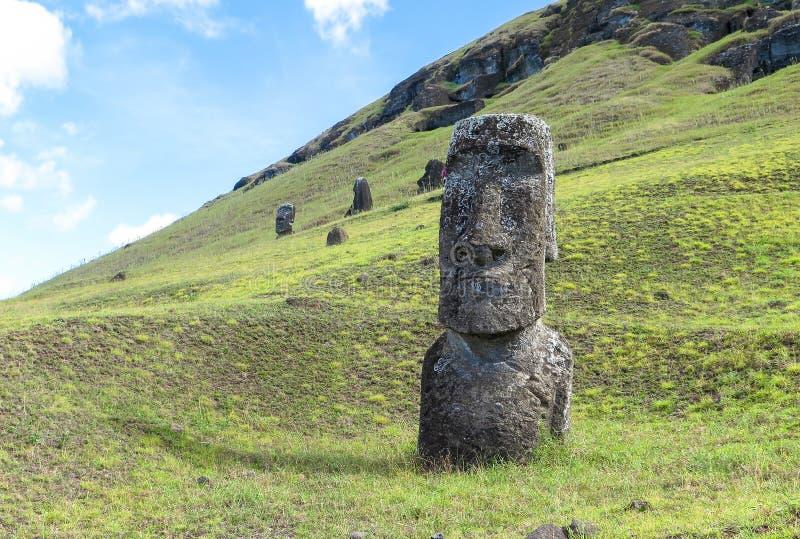 Moairuïnes in Pasen-Eiland, Chili stock afbeeldingen