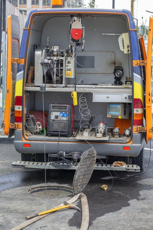 Mobiel TV-inspectievoertuig voor het onderzoek van riolen stock foto's