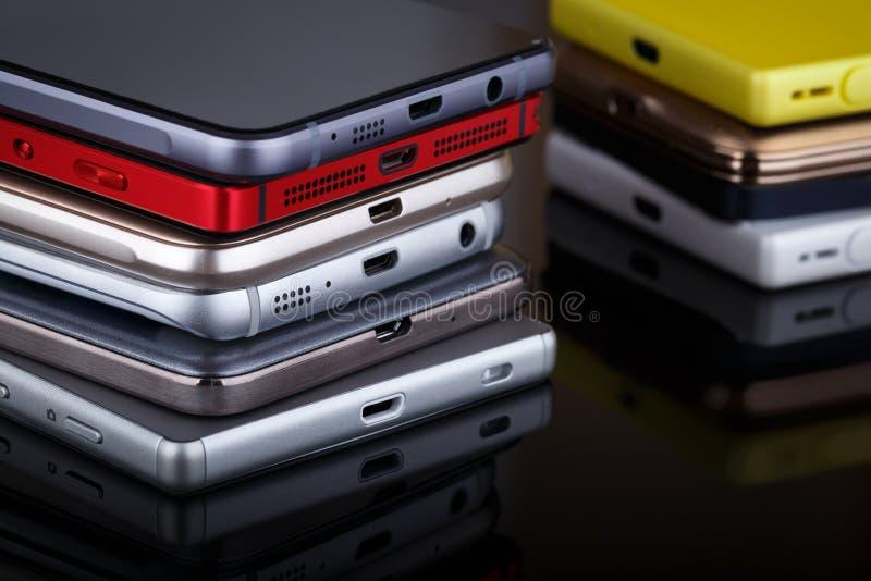 Mobiele telefoon draadloze communicatietechnologie stock afbeeldingen